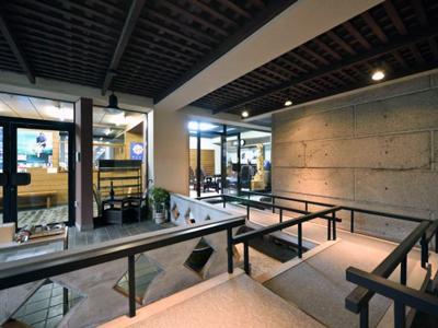 市ヶ谷 坂の上 堂内廟ギャラリー