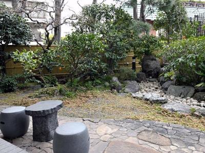横市ヶ谷 坂の上 堂内廟 ギャラリー